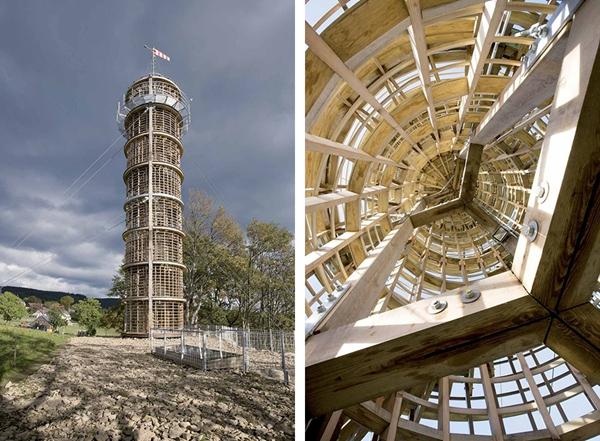 灯塔的竖向木结构